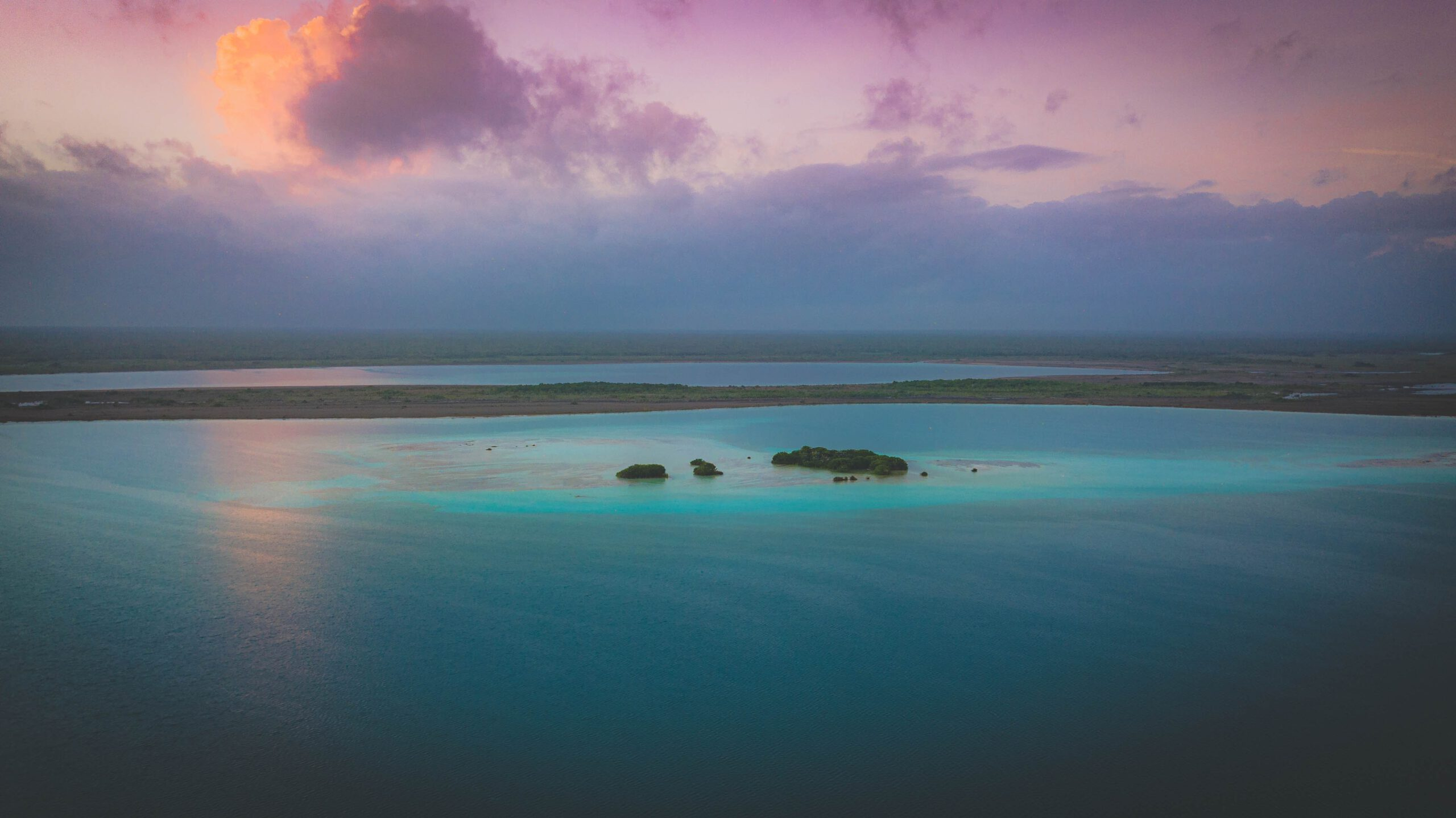 What happened to the beautiful Laguna Bacalar in Mexico?